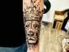 lion_king_tattoo_arm_loewe_krone_koenig_crown_sketch_style_grafic_abstrakt_dots_dotwork_el_color_solido_lohmar_ingo_wirths.jpg