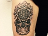 mandala_skull_mandaskull_tattoo_dots_dotwork_black_grey_el_color_solido_lohmar_ingo_wirths_circle_of_life_geometric_pattern.jpg