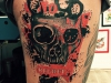 no_regret_tattoo_skull_schaedel_totenkopf_schlagring_punch_knuckle_realistic_trash_polka_el_color_solido_lohmar_ingo_wirths_red.jpg