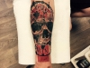 skull_clock_tattoo_arm_realistic_trash_polka_grafic_abstract_schaedel_totenkopf_uhr_zeiger_el_color_solido_lohmar_ingo_wirths.jpg