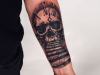 skull_clock_watch_tattoo_schaedel_totenkopf_treppe_stairs_to_heaven_schrift_lettering_arm_realistic_sketch_sketchy_grafik_grafic_abstract_abstrakt_blackwork_trash_dotwork_geometric_el_color_solido_lohmar_ingo_wirths.jpg