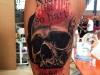 skull_lettering_tattoo_trash_polka_ingo_wirths_el_color_solido_realistic_schaedel_colour_red.jpg