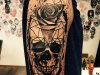 skull_rose_tattoo_schaedel_totenkopf_trash_realistic_grafic_abstract_geometric_amok_arm_el_color_solido_lohmar_ingo_wirths.jpg