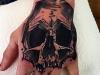 skull_tattoo_hand_grafic_abstract_schaedel_el_color_solido_lohmar_ingo_wirths.jpg